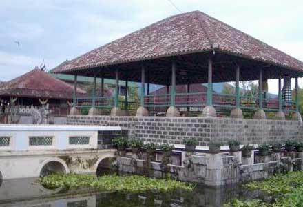 Puri Agung Karangasem